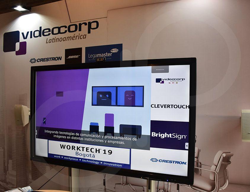 Impresión e instalación de Backing, RLA – VideoCorp