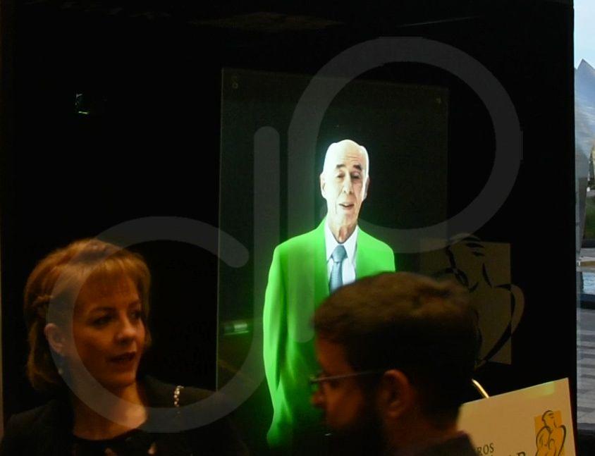 Pantalla holográfica 180° Speaker digital