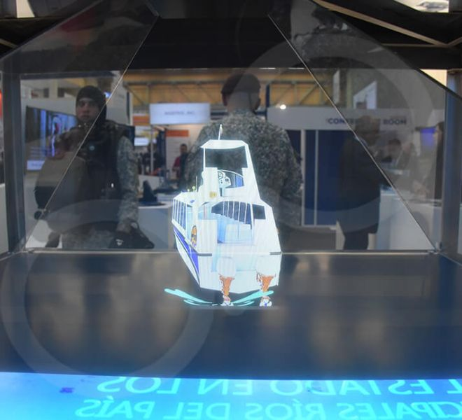totem-holografico-360-expodefensa-9