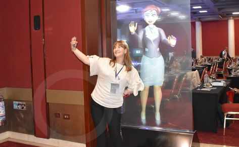 Pantalla holográfica – Avatar 3D GHL- en tiempo real